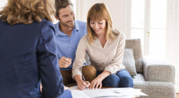3 things that a first time home buyer should never do