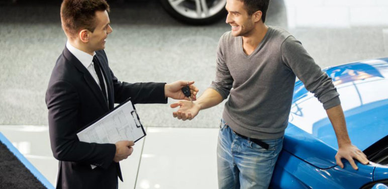 A checklist for used car auction deals