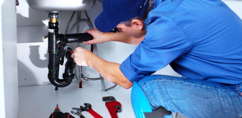 Five Problems that Need Plumbing Services