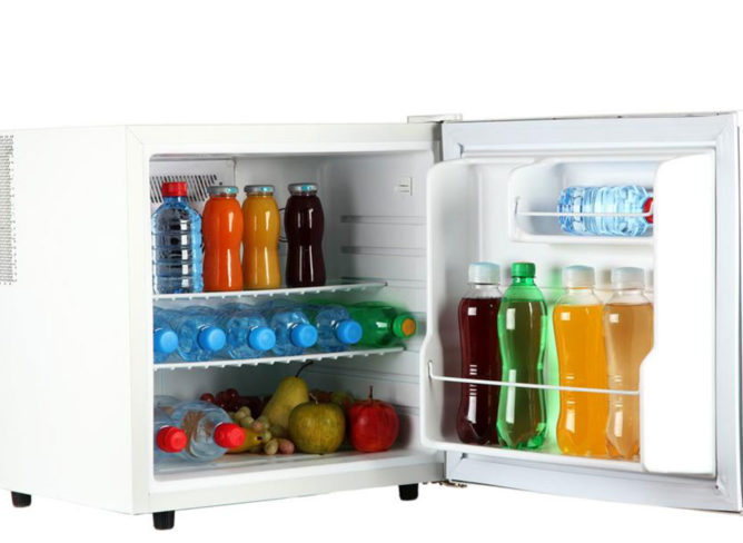 How to choose between chest freezers and upright freezers
