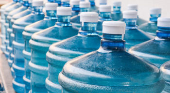 How to choose the best bottled water delivery service