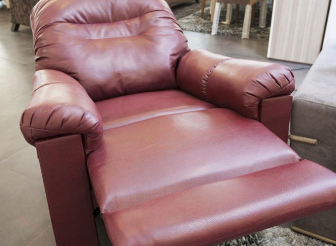 Lift chair – A helpful and an affordable recliner