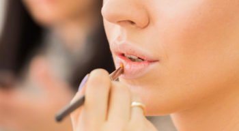 The 4 best lip gloss for the most glamorous look
