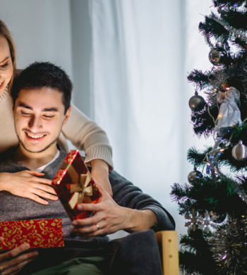 4 incredible Christmas gift options for men