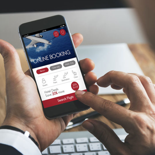 4 Apps to Book Flight Tickets