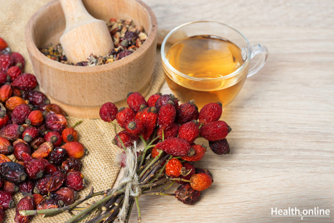Rosehip Oil and Its Uses for Healthy Skin
