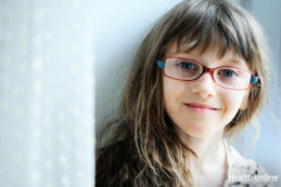 5 Signs That Your Child Might Need Reading Glasses