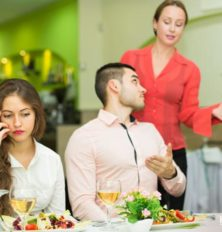 10 Food Safety Red Flags at Restaurants