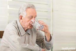 Drinking Enough Fluids as You Age