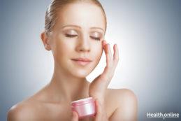 Ten Habits Followed By Women with Great Skin