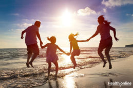 5-Tips-for-a-Healthy-and-Stress-free-Family-Vacation