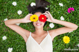 5-DIY-Beauty-Hacks-for-the-Spring