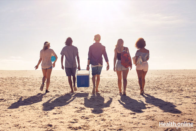 9-Tips-to-Stay-Healthy-While-Traveling-in-the-Summer
