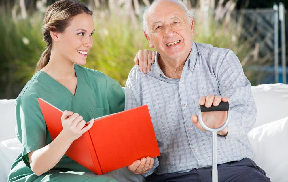 Must Have Qualities For Senior Caregivers