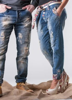 5-Ways-to-Distress-Your-Jeans