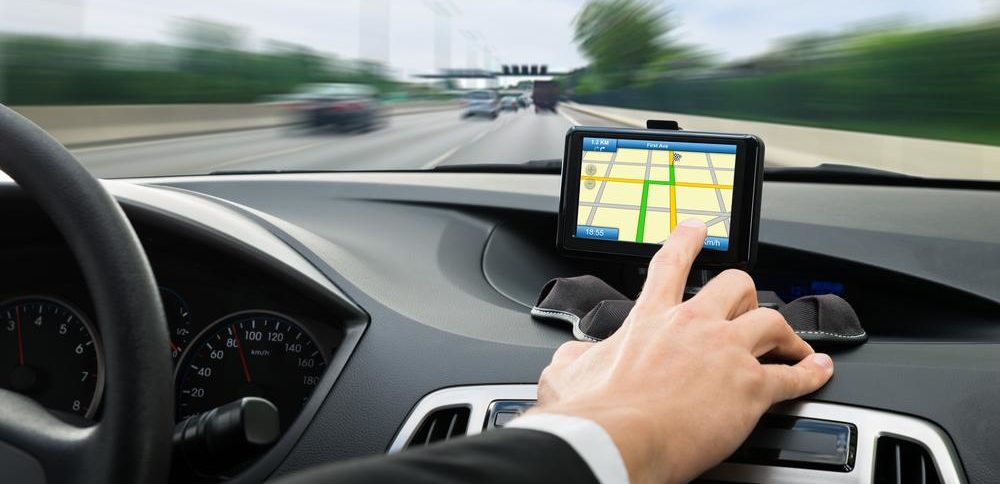 Top 4 GPS devices for your automobile